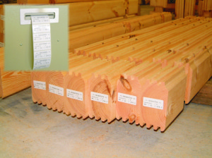 Ecobuild_CNC_wood_processing_center_Auer_etiquette